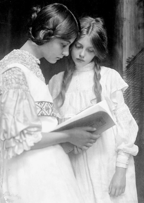 Girls Reading in 1906 by D.K.