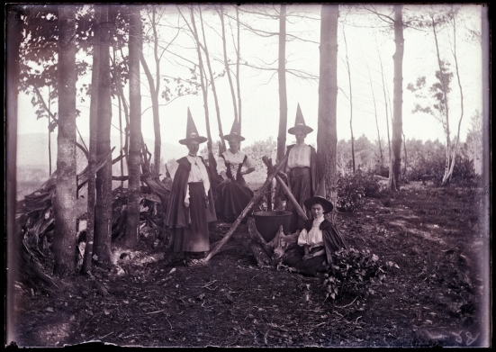 Four Witches, 1890